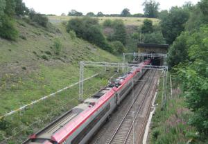 London-bound train enters Kilsby tunnel